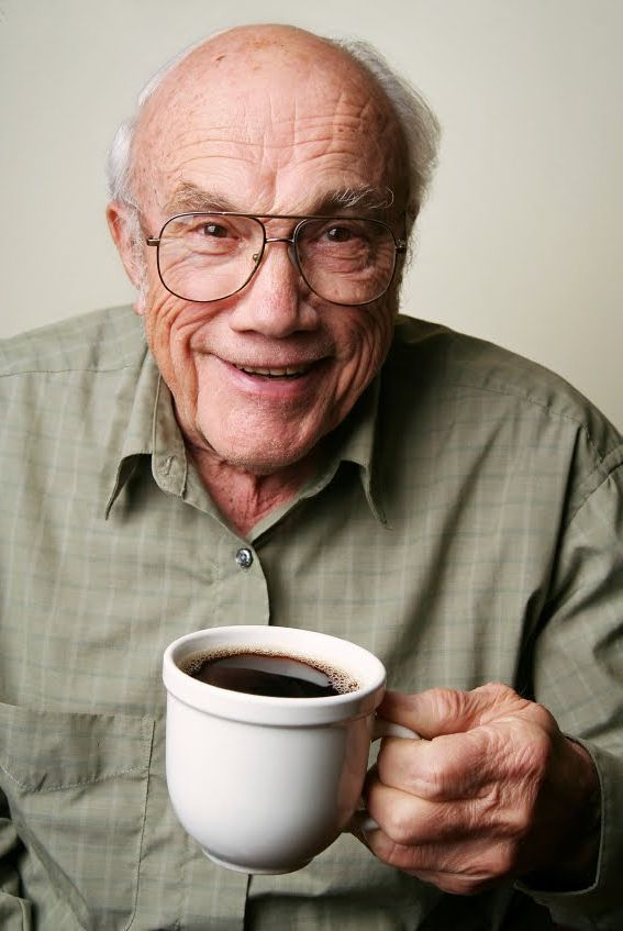 anciano taza de cafe