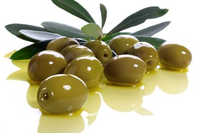 aceitunas y aceite de oliva