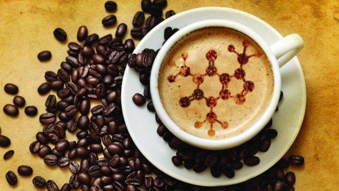 cafe-con-molecula-de-cafeina
