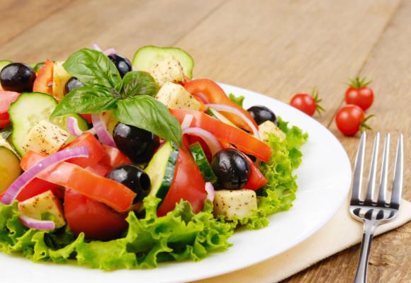 Resultado de imagen para ensalada mediterranea