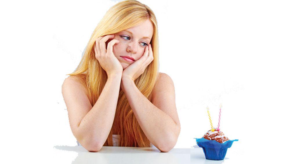chica-mirando-helado(1)