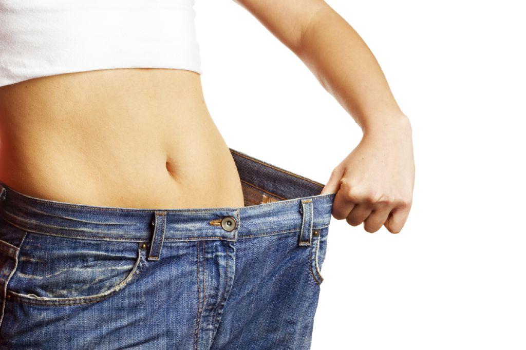 O método eficaz da perda de peso como reunir-se em um estômago