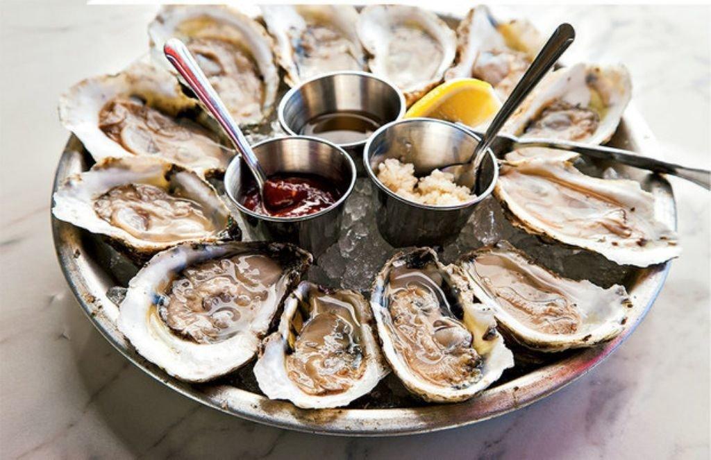 plato-ostras