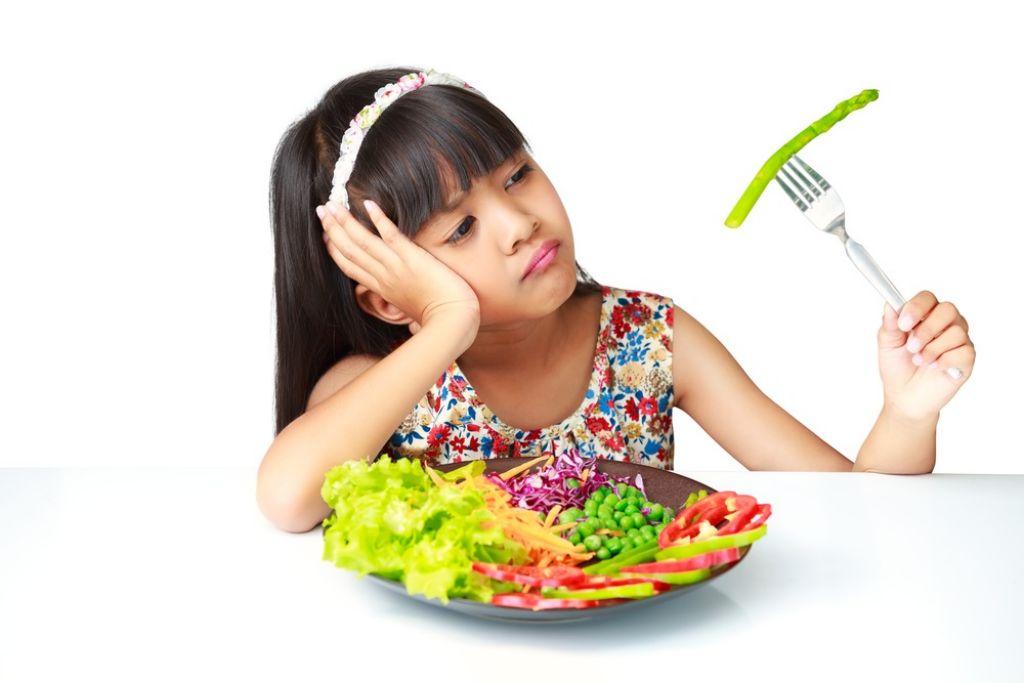 nina-rechaza-comida