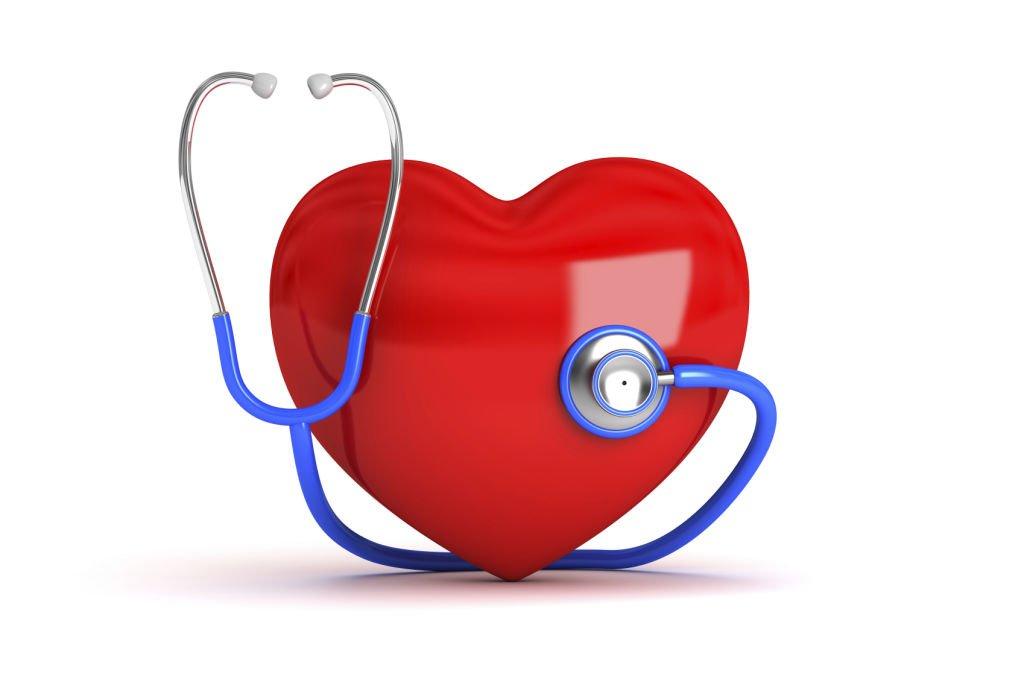 Corazón con estetoscopio