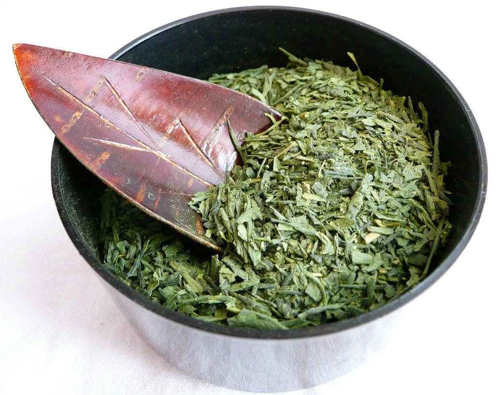 hojas molidas de te verde