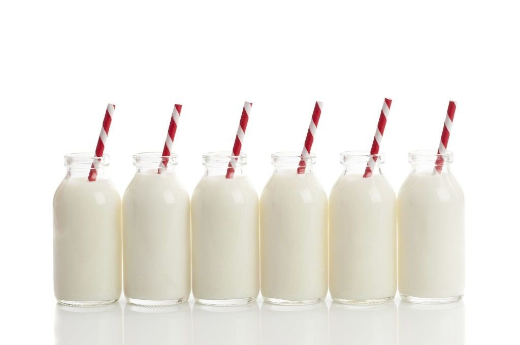 botellas de leche