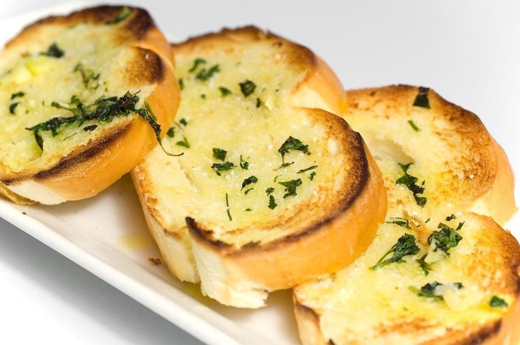 tostadas con ajo