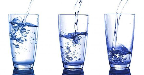 tres-vasos-agua