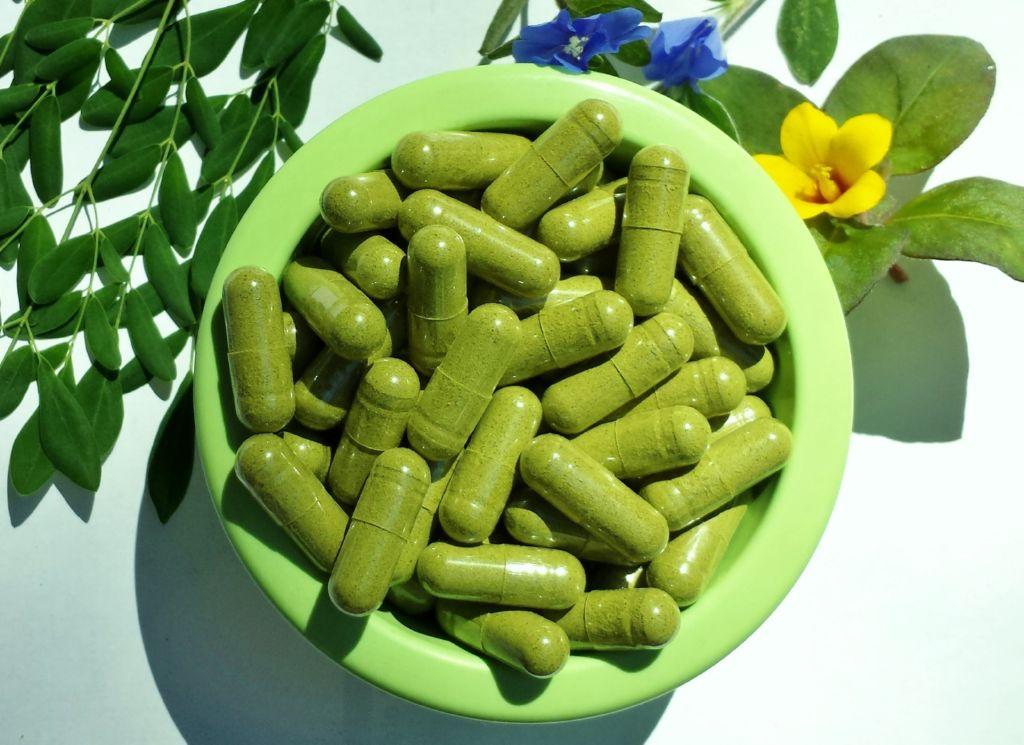 capsulas-de-moringa(1)