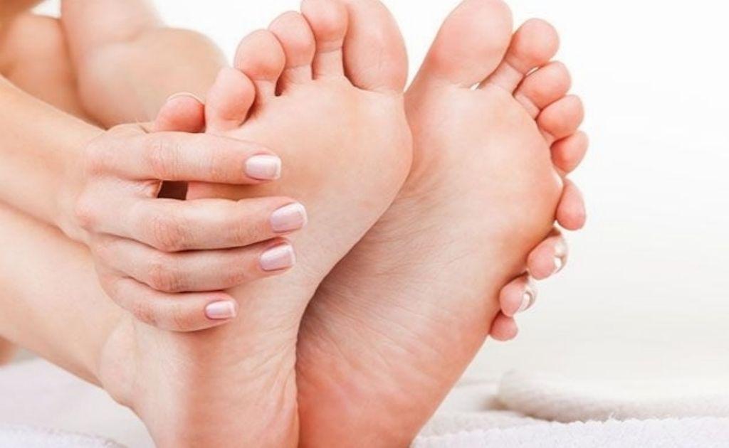 pies-retencion-liquidos