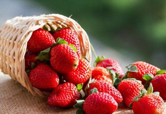 , 3 propiedades de las fresas que la ciencia acaba de descubrir (#2 te sorprenderá)
