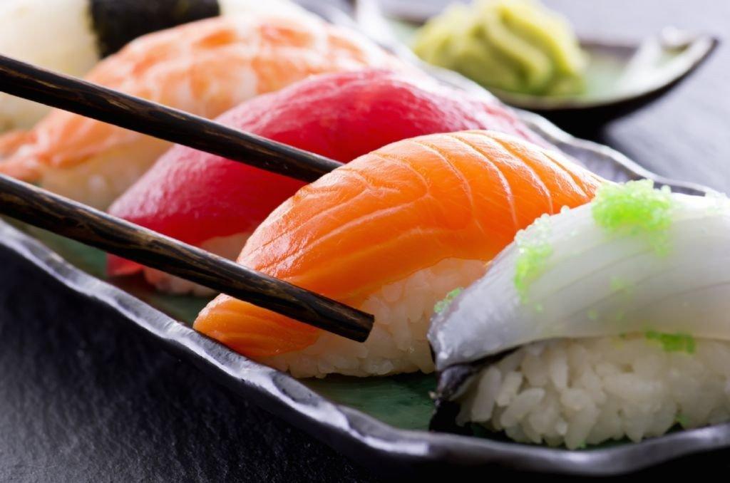 plato-sushi