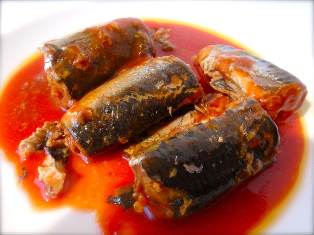 sardinas-en-tomate