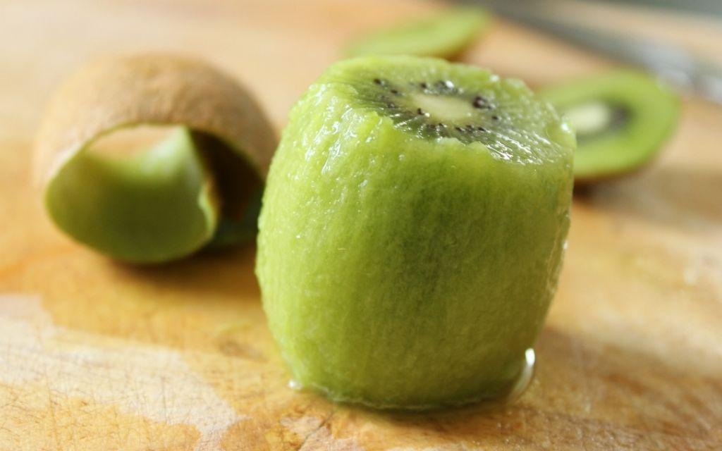 kiwi-pelado