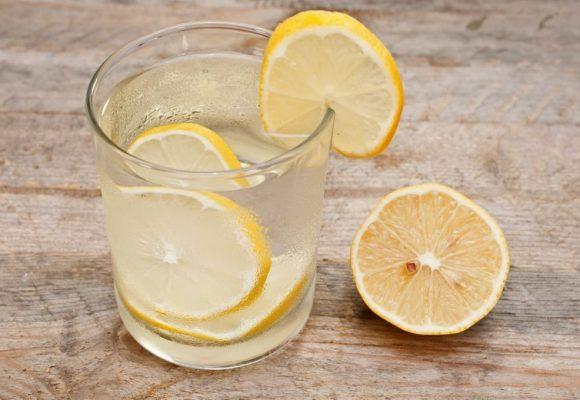 , 6 razones importantes para beber agua con limón (#6 te va a gustar)