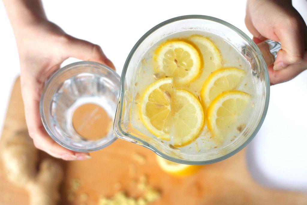beneficios-agua-limon