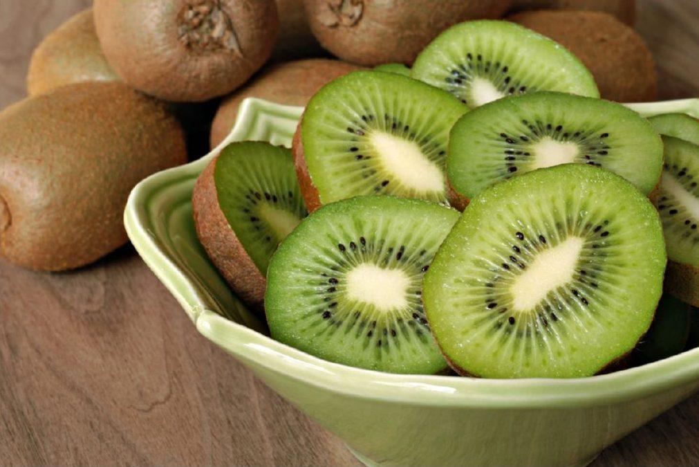 mitades-kiwi