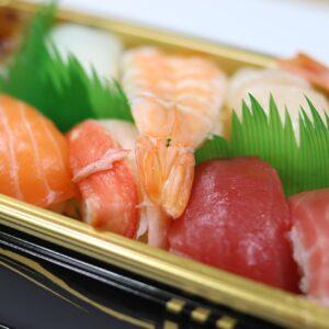 ¿Cómo comer pescado crudo de manera segura?