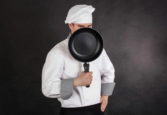 ¿Es Seguro Usar Utensilios De Cocina Con Material Antiadherente Como El Teflón?